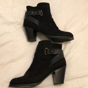 Just fab boots***MAKE A OFFER***